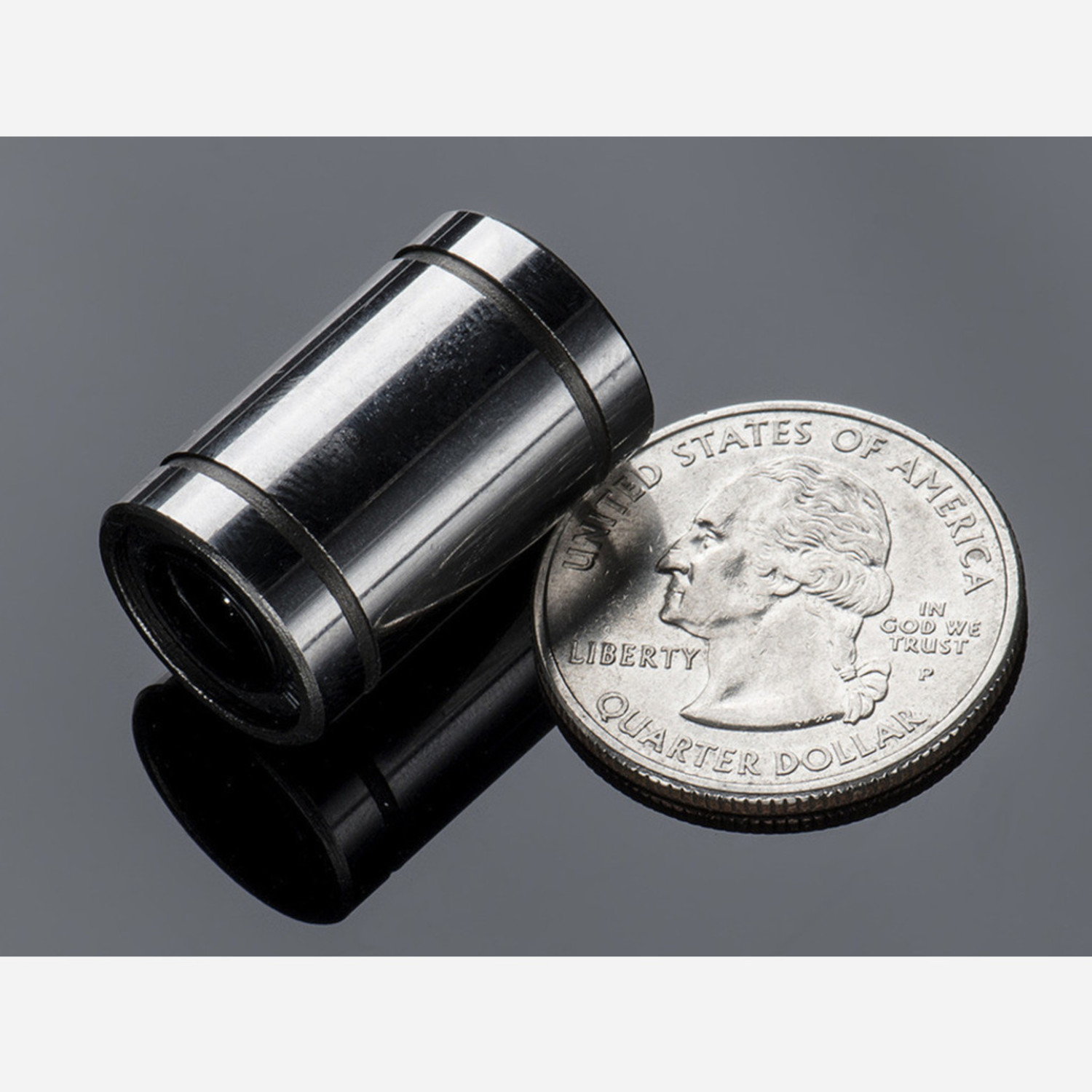 Linear Ball Bearing - 8mm diameter [LM8UU]